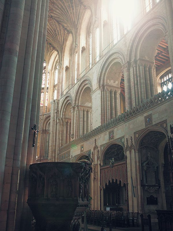 Norwich Cathedral - Image of the interior of Norwich's Cathedral