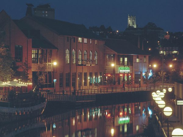 Norwich's Riverside - Image of the Riverside Bars of Norwich city
