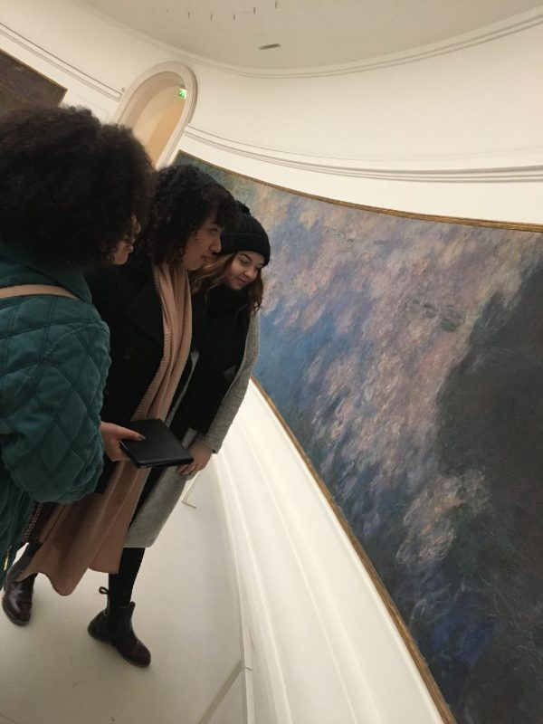 - Students explore Monets Water Lilies in Paris